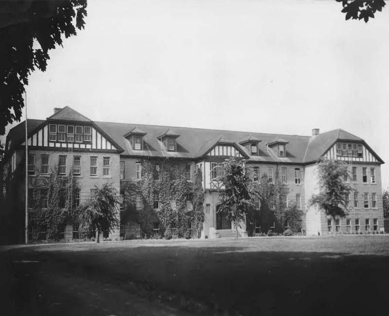 Coqualeetza Chilliwack School building